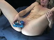 Porsha loves to make herself cum!